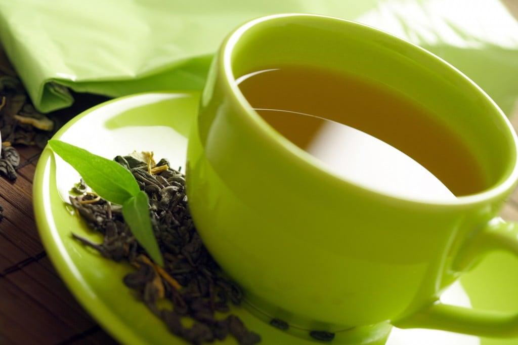zöld tea a hajlullás ellen